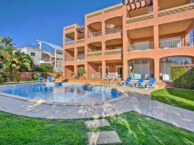 Photo for 2 Bedroom Apartment with Sea View and Pool Only 220m from the Beach