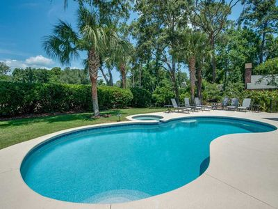 Luxury home close to beach with private pool and spa!