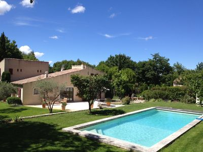 Photo for Charming house, quiet, in the heart of the village, near Aix en Provence