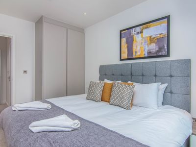 Photo for 2BR Apartment Vacation Rental in Wembley, England