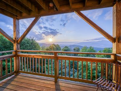 Photo for Mountain-view condo w/beautiful woodwork and spacious private balcony