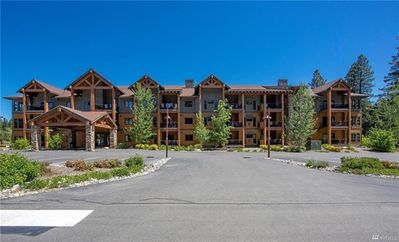 Photo for Beautifully Appointed 1st Floor Condo, Full Resort Access. Larger Corner Unit!