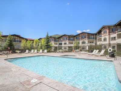 Photo for Zermatt Villa 1027 - 2 Bedroom 2 Bath Full Kitchen with Resort Amenities