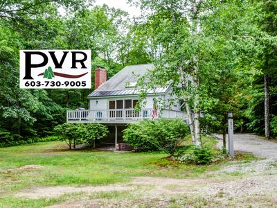 4BR Pet Friendly Chalet near Storyland! AC,Cable,WiFi,Deck w/ Grill, Fire Pit