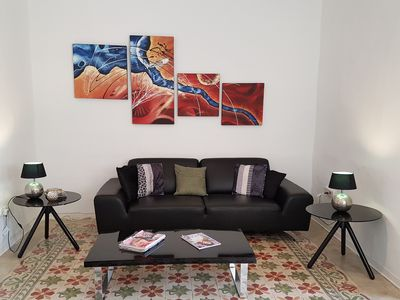 Photo for Bright & Modern 3 Bedroom Apartment