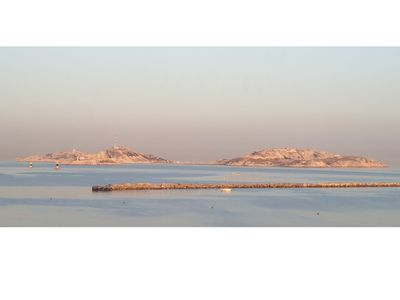Photo for Marseille ideally located beach Catalans sea view and islands (Parking Box Private)