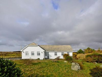 Photo for holiday home, Claddaghduff  in Galway - 4 persons, 3 bedrooms