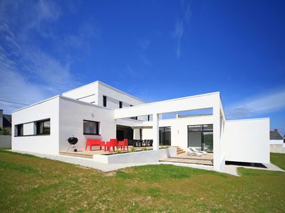 Photo for Villa Pool and Beach Brittany, heated indoor pool 4x8m, 50m from the beach
