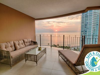 Photo for Ocean View Condo at Grand Venetian | Pools, Gym, Restaurant