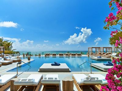 Photo for Luxurious apartment with amazing beach view