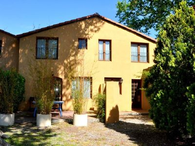 Photo for Superbly converted farm buildings, large pool, internet (6)