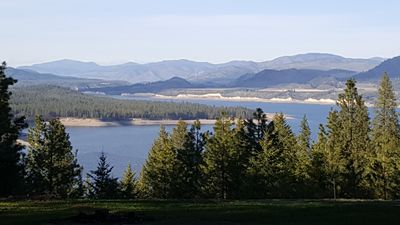 Photo for Private Cozy Cabin overlooking Lake Roosevelt!