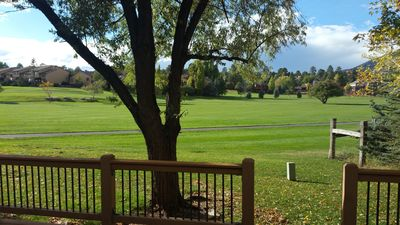Luxury Townhome On Golf Course With Huge Deck And Mountain Views.