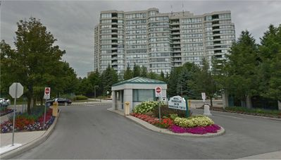 Photo for 1BR Condo Vacation Rental in Thornhill, Ontario