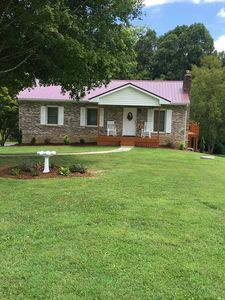 Photo for Cozy & Comfortable Private Residence with Easy Access to the NC Apple Festival