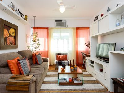 Photo for Apartment Copacabana / Leme, 90m2, 2 bedrooms, Suite, Garage, 1 Block Beach, Up to 7 pax