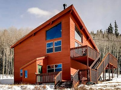 Photo for Bristlecone Pines Lodge is just 15 miles from Breckenridge. Mountain Views!
