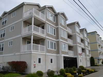 Photo for 3br/2ba top floor !  Garage/Elevator/pool 1 block to beach $1500-$2450 weekly