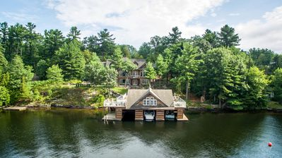 Photo for Lake Muskoka Cottage Rental 275