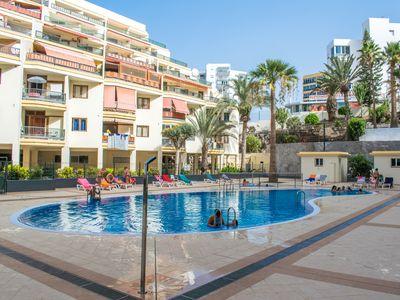 Photo for Los Cristianos apartment, 100m from the beach, swimming pool, wifi and free parking