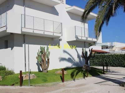 Photo for Modern apartment in holiday complex with private beach - Lido Max – Bilo8