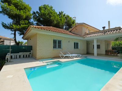 Photo for 4 bedroom Villa, sleeps 8 in Riumar with Pool and WiFi