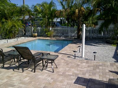 Anthony Beach Cottages - Bare Feet Retreat - 3 bedroom pool cottage on bayou