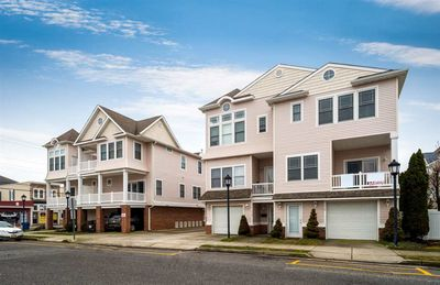 Photo for Beautiful 3 Bedroom Townhouse Close To The Boardwalk/Beach