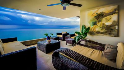 Photo for Beautiful Beachfront Condo, Sandy Beach.