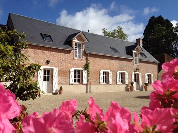 Big and beautiful house in Sologne with Spa and swimming 14 people