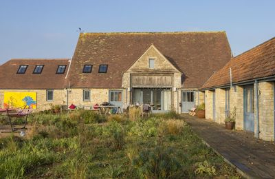 Photo for Hailstone Barn puts you at the heart of Cotswold country.