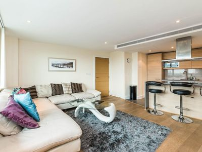 Photo for Luxury modern 2BD flat in centre