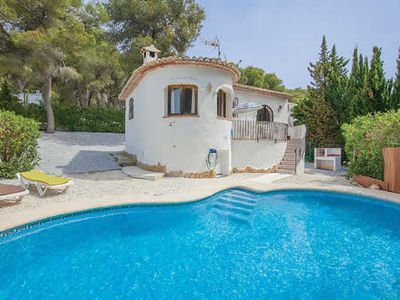 Photo for Family villa, 2 bedrooms / 2 bathroom w/ private pool, A/C, free Wi-Fi and BBQ