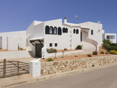 Photo for Beautiful Holiday Home with Sea View, Pool, Wi-Fi and Terrace; Parking Available