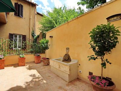 Photo for 4 bedrooms and terrace in the heart of Rome for up to 11 people
