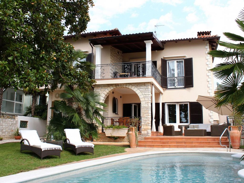 Luxury accommodation, with pool, Umag, Croatia