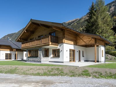 Photo for Detached Chalet, very tasteful and luxurious, near Bad Hofgastein and the ski pistes