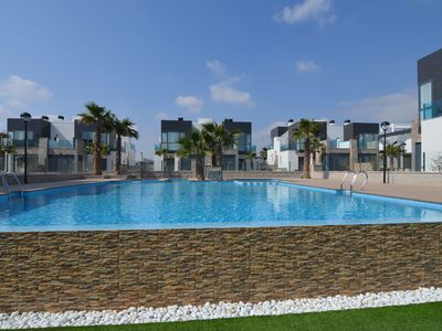 Photo for Modern 4-room apartment with private terrace and shared swimming pool