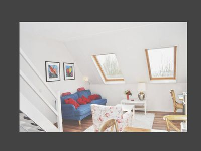 Photo for Sunny, Cozy, Comfy, Countryside Loft (3 ps)