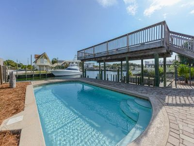 Photo for 5 Bedroom Home, Sleeps 10! PERFECT for your 2018 FAMILY BEACH VACATION!