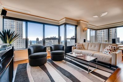 Spacious living space with lakefront views!