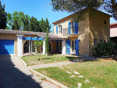 Photo for Vacation home Les Mas de l'Etang  in Saint Aygulf, Cote d'Azur - 6 persons, 3 bedrooms