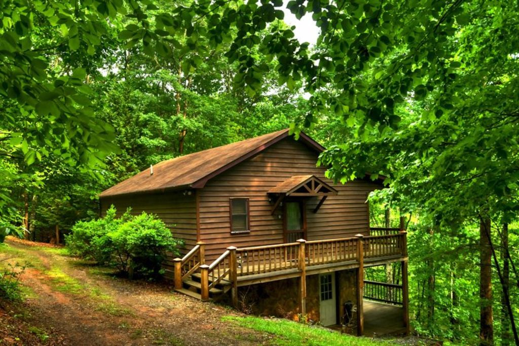 A heavenly view 3br 2ba secluded cabin wi homeaway for Heavenly cabin rentals