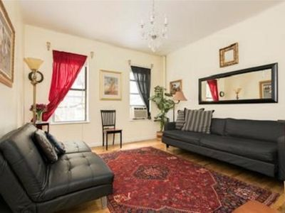 Photo for LOVELY 3 BDRM, 1.5 BATHS 4 STOPS ON THE EXPRESS TO MIDTOWN/TIMES SQUARE
