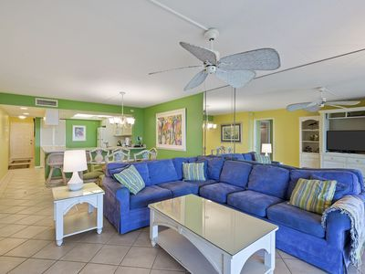 Photo for Sanddollar C202, Spacious 3 Bedroom Gulf Front Condo, Bikes, Beach & Tennis