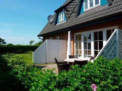 Photo for Holiday home for 4 guests with 90m² in Oldsum (22920)