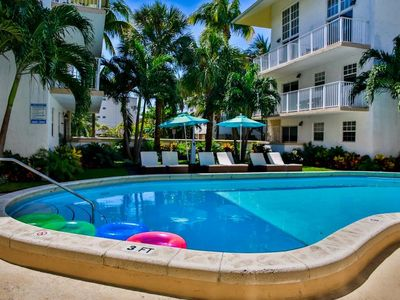 Photo for KEY BISCAYNE, COMFY 1BR LOFT WITH FULL KITCHEN! POOL, PRIVATE BEACH, PARKING!