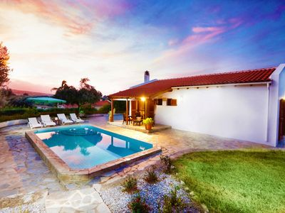 Photo for Cosy villa with private pool amidst olive groves