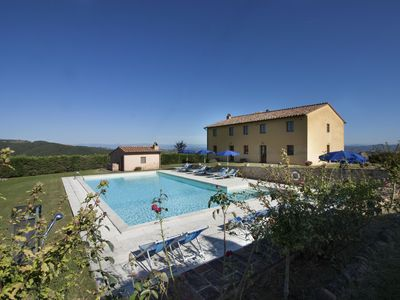 Photo for Villa Caggio - Private swimming pool, free wi-fi, billiards