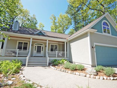 Photo for Large, Beautiful Home in Downtown Glen Arbor. 4BR/3BA, Acc: 10!